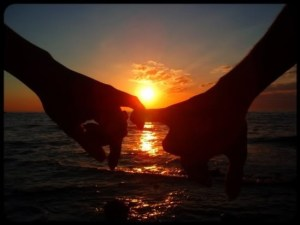 Love-Couples-sunrise-sunset