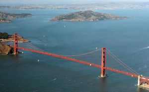 Golden_Gate_Bridge_Aerial