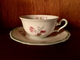 mom's tea cup